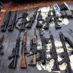 Armas incautadas en Santa Cruz. Foto: ABI