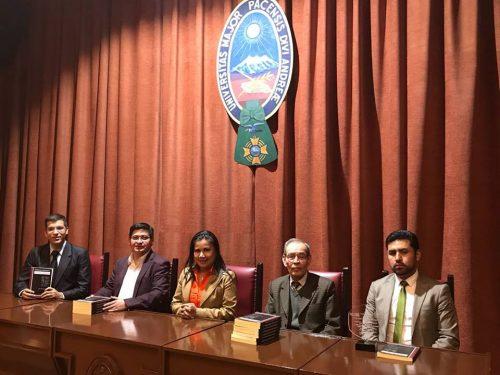 """Presentación del libro """"Tópicos del crecimiento económico en Bolivia"""" en La Paz."""